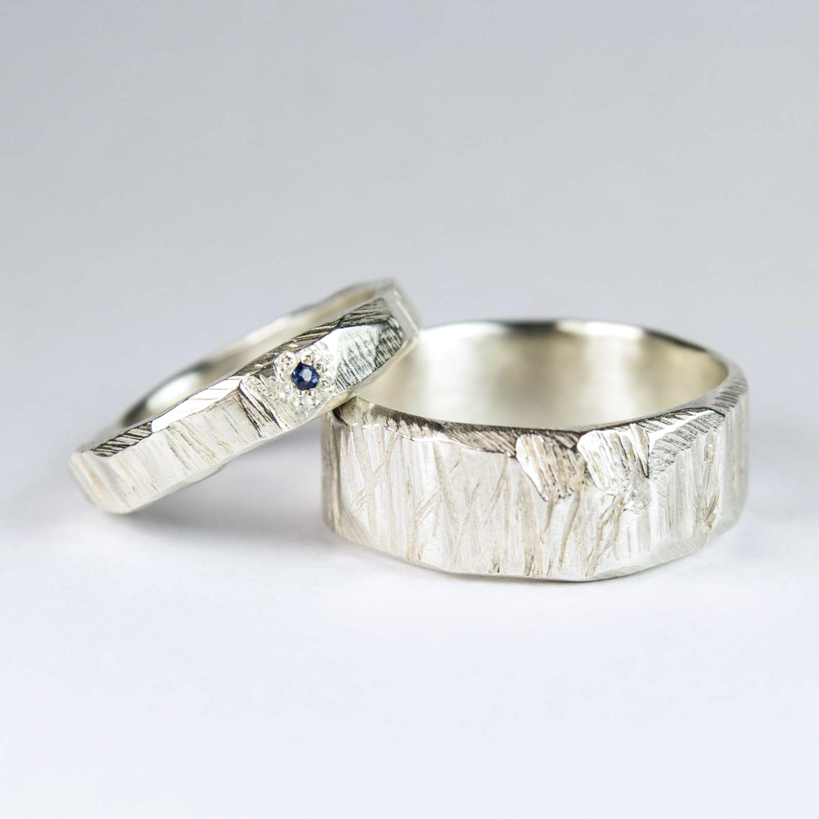 Bark textured rings in Sterling Silver, with Ceylon Sapphire